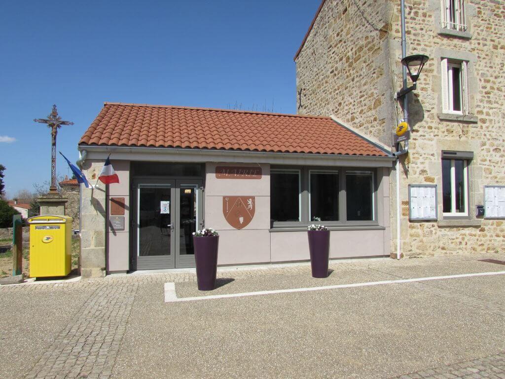 Mairie et Agence Postale - Egliseneuve-près-Billom